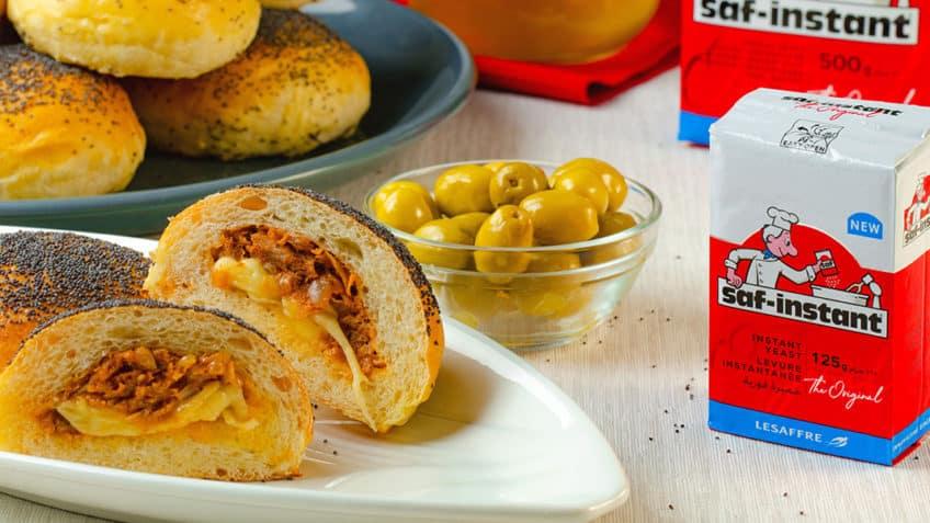 Recette des Buns farcis au thon et au fromage