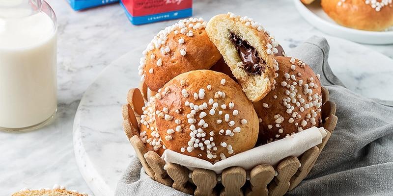 pain fourré au chocolat